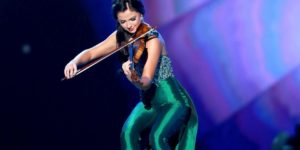 JessiKate Riley playing violin at Miss America