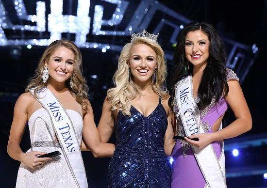 JessiKate Riley, Miss Utah with Miss Texas and Miss America