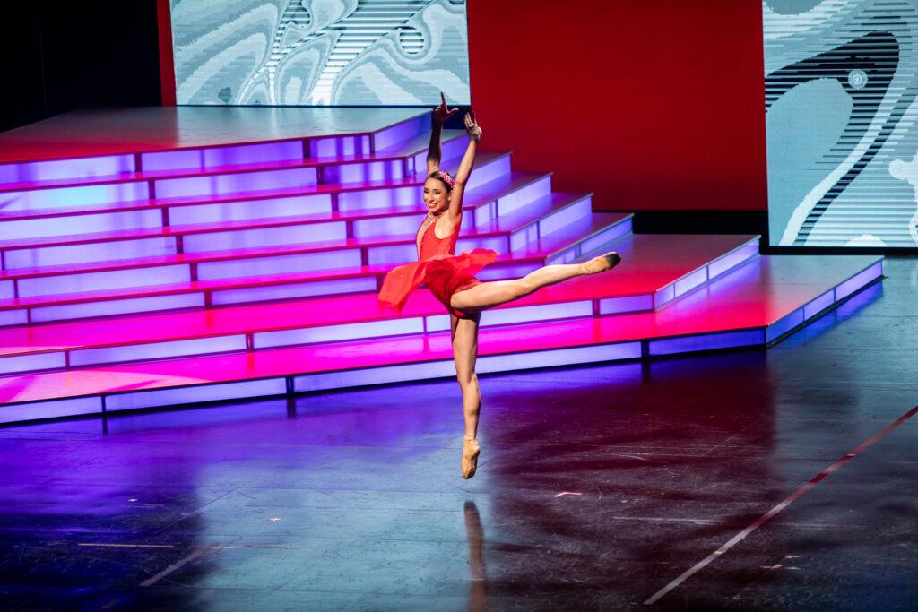 Hannah Sterling ballet en pointe