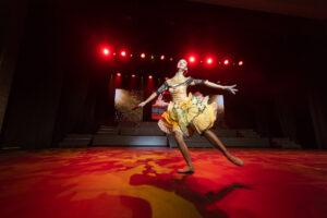 """Maddalena Willis performing en pointe to """"Kitri Enters"""""""